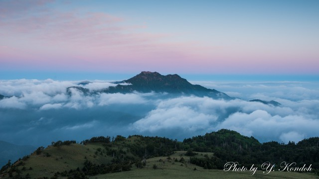 Sea of Clouds at dawn